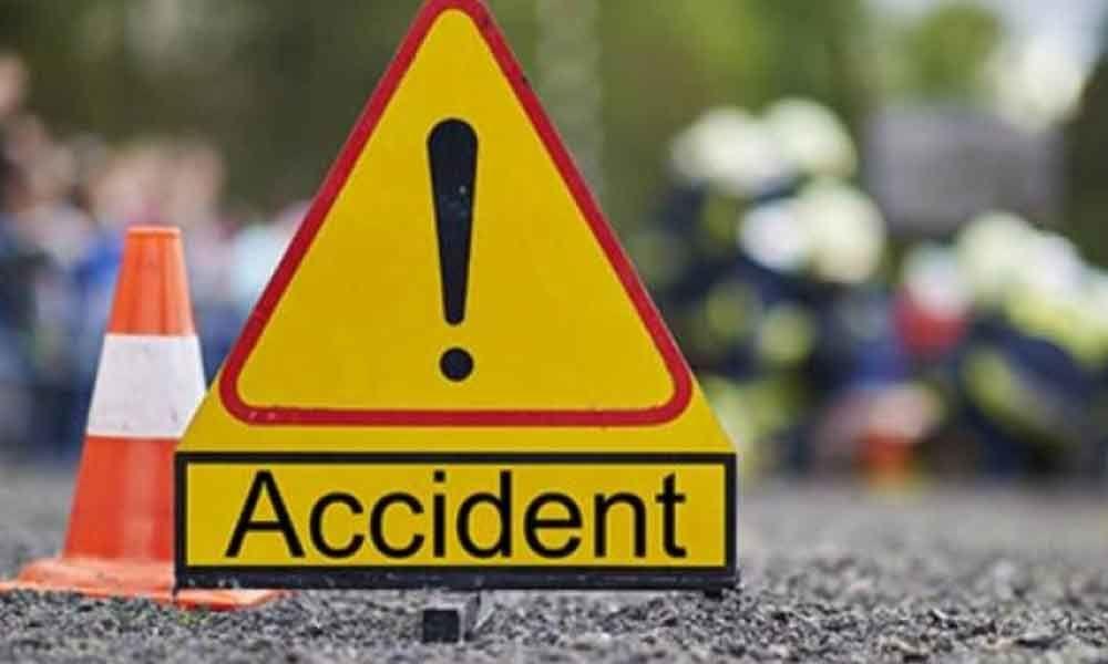 सवारी दुर्घटनामा परी ५ जनाको मृत्यु