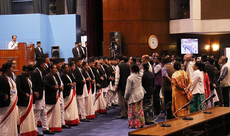 कसिँदै कांग्रेस र राजपाको मिलन गाँठो, सरकार घेर्ने रणनीति