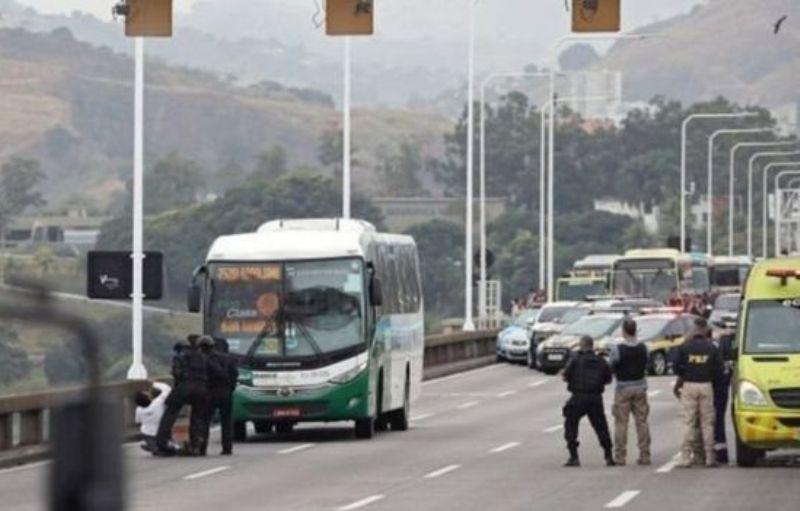 ब्राजिलमा यात्रुवाहक बस बन्धक बनाउने व्यक्ति सुरक्षा कारबाहीमा मारिए