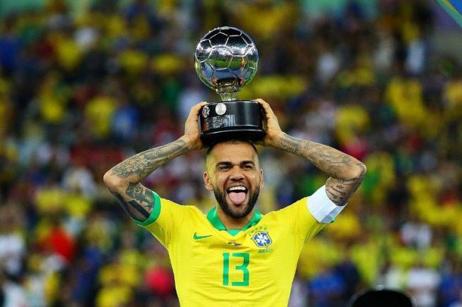 पीएसजी छाडेका अल्भेस ब्राजिलियन क्लबमा फर्कने!