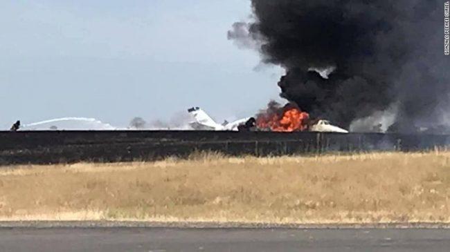 क्यालिफोर्नियामा अर्को विमान दुर्घटना ! उडान भर्ने क्रममा यात्रुवाहक विमानमा आगो लाग्यो