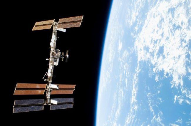 फेदोर नामको रोबोट अन्तरिक्ष केन्द्रमा स्थापित
