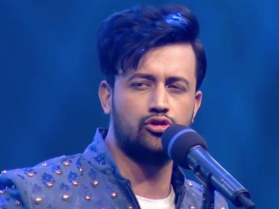 गायक आतिफ असलमको ट्वीटले भारतमा हंगामा