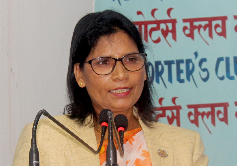 महिला दिवसका अवसरमा मन्त्री अर्यालद्वारा शुभकामना