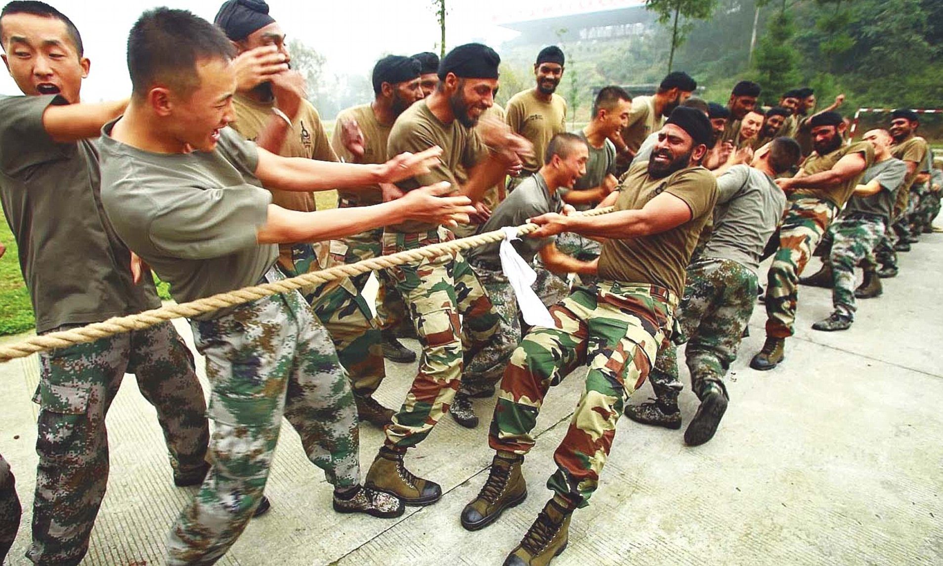 भारत र चीनका सेनाबीच लद्दाखमा धक्कामुक्की