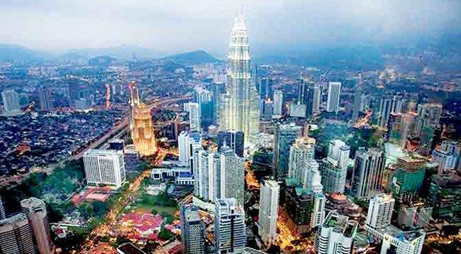 १५ महिनादेखि बन्द रहेको मलेशिया राेजगारी खुल्याे