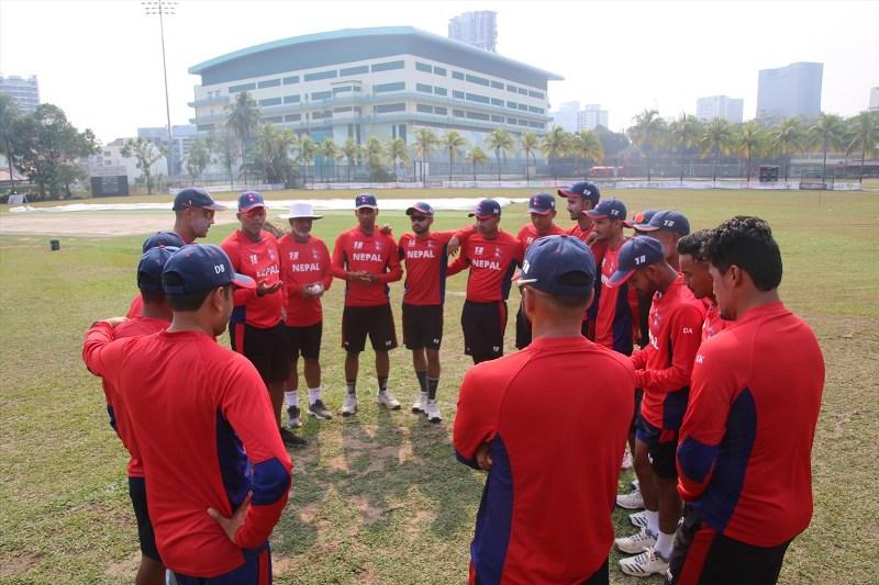 सिंगापुरमा यसरी गर्दैछ नेपाली क्रिकेट टिम अभ्यास (फोटोफिचर)