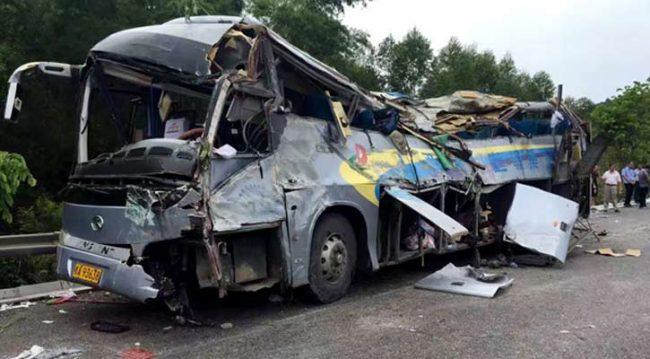 बस र ट्रक ठोक्किँदा ३६ जनाको मृत्यु, थप ३६ जना घाइते