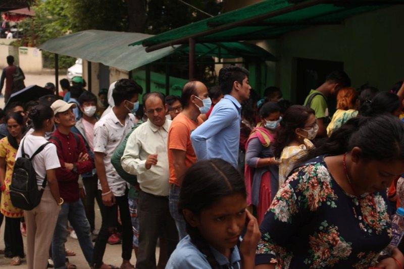 कोरोना त्रासः ४३९ जनाको गरियो परीक्षण, अस्पताल पुग्ने सबैको परीक्षण भने हुँदैन