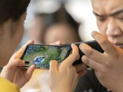 अनलाइन गेम खेल्ने समयमा प्रतिबन्ध लगाउने चीनको निर्णय