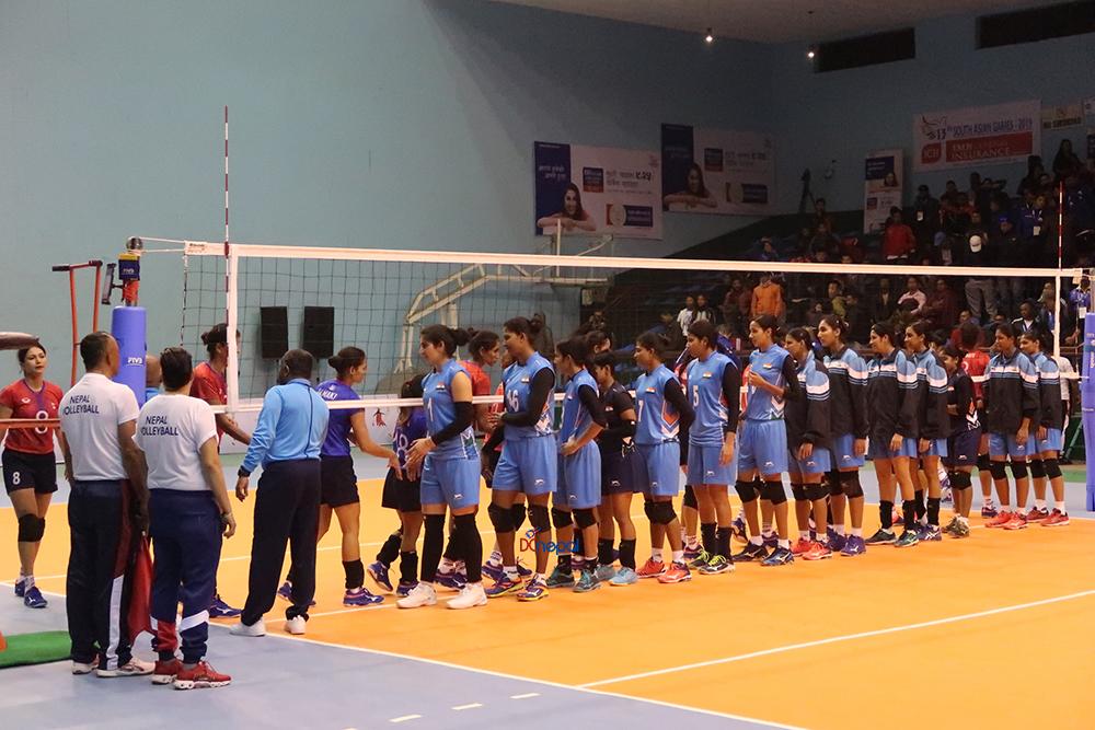 ३० तस्वीरमा हेर्नुहाेस् नेपाल र भारतबीचको खेल