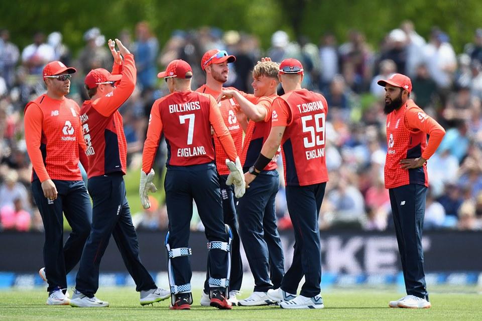 पहिलो टी–२० मा इंग्ल्याण्ड विजयी