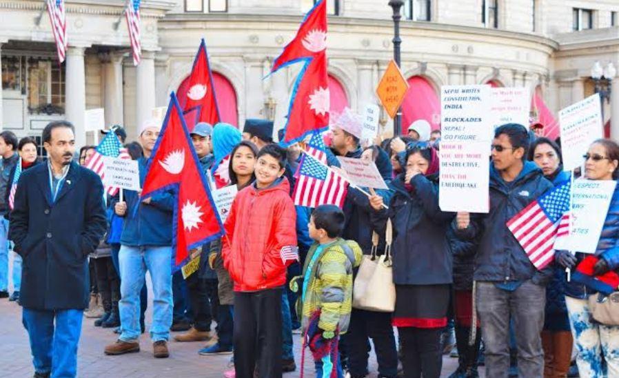 अमेरिकाको ह्वाईट हाउस अगाडी भारत विरुद्ध नेपालीहरुले प्रदर्शन गर्ने