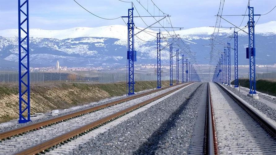 विद्युतीय रेलमार्गको ट्रयाक निर्माण कार्यले गति लियो