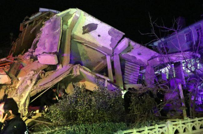 टर्कीमा शक्तिशाली भूकम्प, कम्तीमा १८ जनाको मृत्यु
