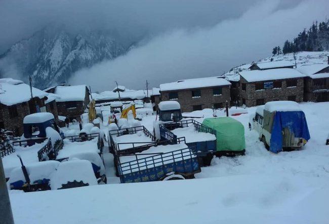 हुम्लामा हिमपात