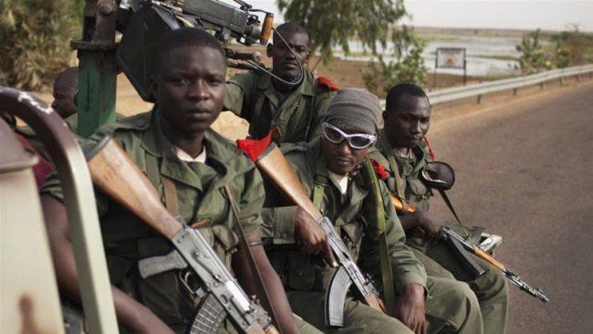 सैनिक शिविरमा आक्रमण हुँदा कम्तीमा १५ सुरक्षाकर्मीको मृत्यु