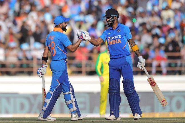 भारतद्वारा अस्ट्रेलियालाई ३४१ रनको लक्ष्य