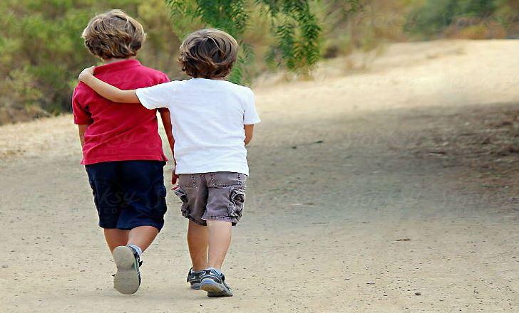 जन्म दर्ताका लागि ५ सय घुस नदिएको रिसमा २ बालकको उमेर सय वर्ष बढाइदिए