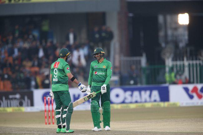 मलिकको अर्धसकतसँगै पहिलो टी–२० मा पाकिस्तानद्वारा बंगलादेश पराजित,
