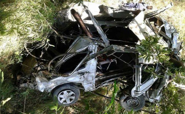 माइक्रोबस दुर्घटनामा चालकको मृत्यु