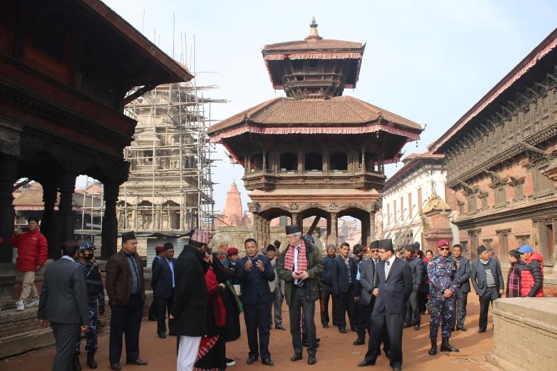 राजकुमारी एस्ट्रिडद्वारा भक्तपुर दरवार स्क्वायर भ्रमण