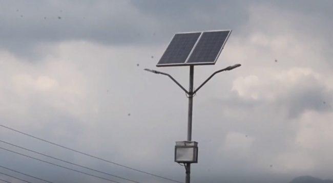 जडान गरेको वर्ष दिन नपुग्दै बल्न छाड्यो नगरको सडक सौर्यबत्ती