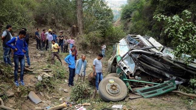 काश्मिर सडक दुर्घटनामा ९ जनाको मृत्यु, ५ घाइते