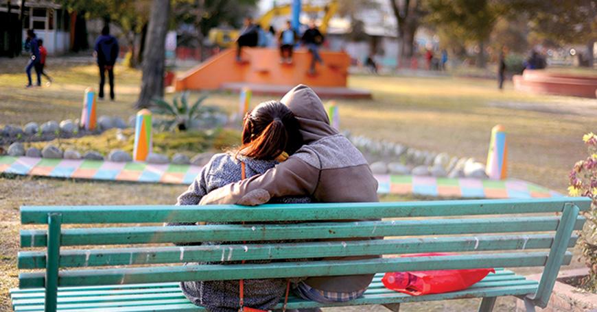 प्रेम दिवसमा युवायुवतीको गुनासो : डेटिङ जाने ठाउँ नै छैन