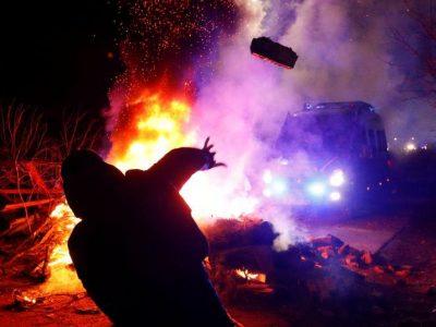 कोरोनाभाइरसः जब चीनको वुहानबाट ल्याइएका ७२ जनालाई जिउँदै जलाउन खोजियो…