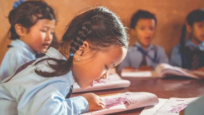 सिकाइमा गुणस्तर वृद्धि गर्दै मातृभाषा शिक्षा