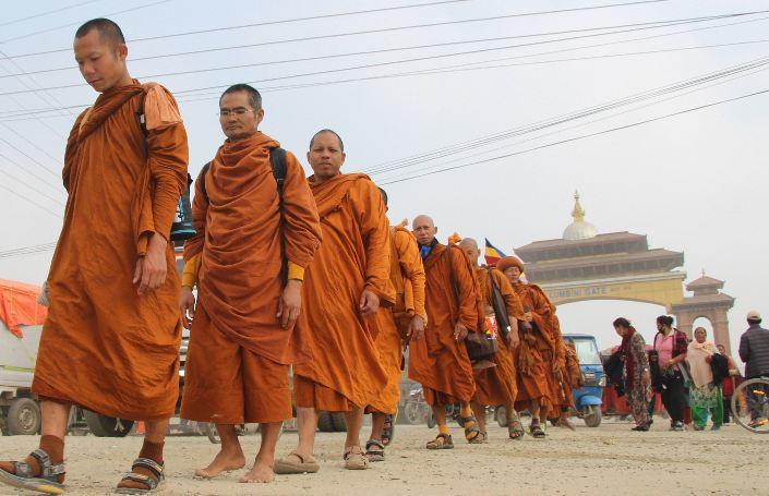 काठमाडौँदेखि कपिलवस्तुसम्म 'शान्ति पैदल यात्रा' हुँदै