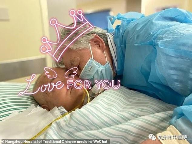 कोरोनामाथि प्रेमको जीतः ८४ वर्षे हजुरआमाले बिरामी पतिलाई ५५ दिनमा ४५ प्रेमपत्र लेखिन्