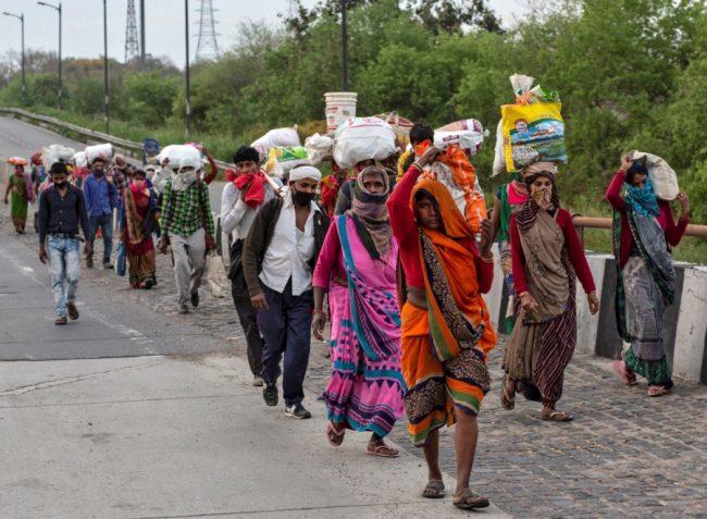 कोरोना कहरः  'मजदूरीका लागि पुनः भारत जानुपर्ने बाध्यता'
