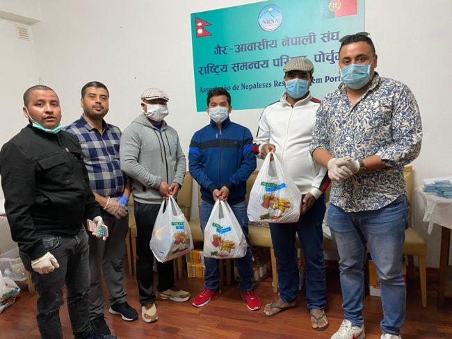 पोर्चुगलमा समस्यामा परेका नेपालीलाई एनआरएनए पोर्चुगलद्वारा राहत वितरण