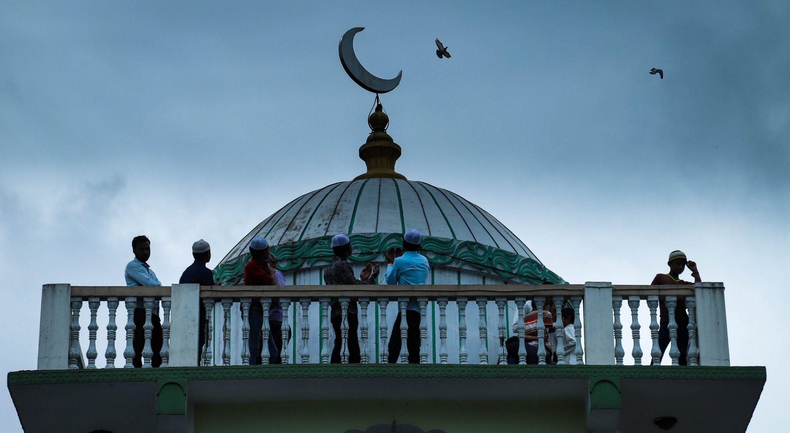 तीन भारतीय नागरिकलाई काेराेना संक्रमण देखिएपछि  वीरगञ्जका सबै मस्जिद सिल गर्ने तयारी