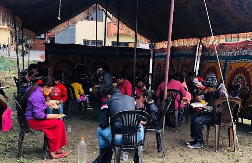 भक्तपुर र कोटेश्वरमा दैनिक ६०० लाई निःशुल्क खाना