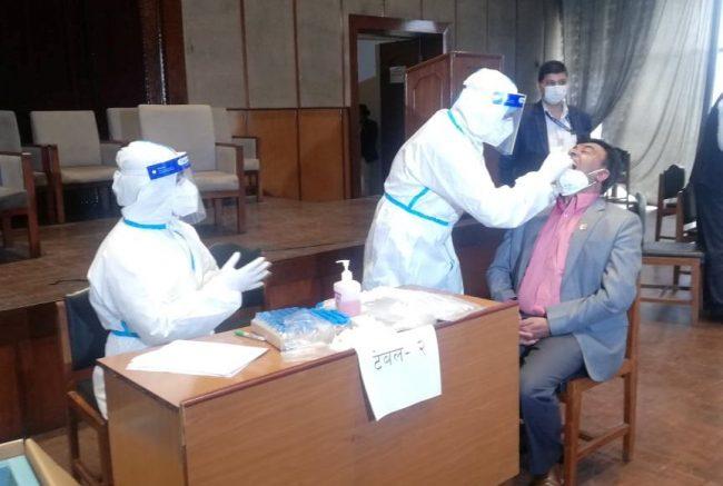 संघीय संसदका सांसदहरुको पीसीआर टेस्ट सुरु
