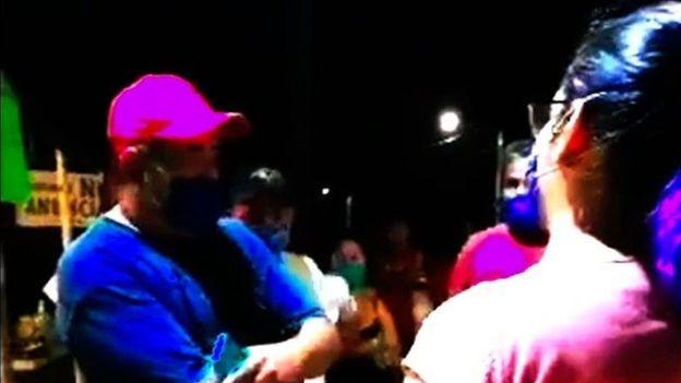 सङ्क्रमण फैलाउन सक्ने भन्दै नर्स र चिकित्सकमाथि आक्रमण