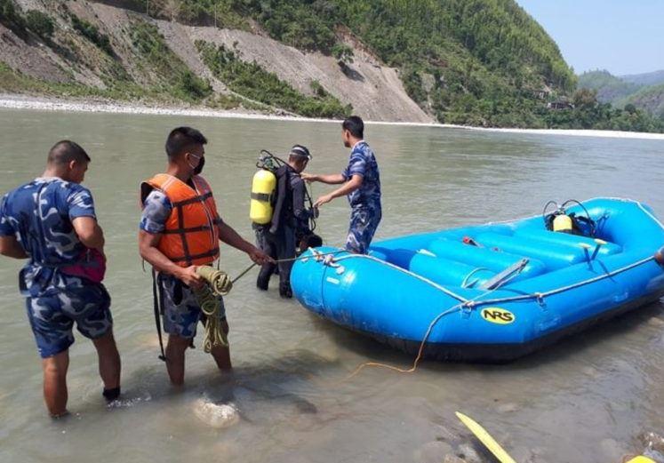 घेराबन्दीबाट भेरी नदीमा खसेपछि ढुंगा प्रहार गर्दा मृत्युः अनुसन्धान समिति