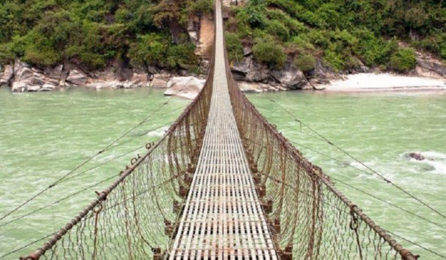 रामपुरमा दुई झोलुङ्गे पुल बन्ने