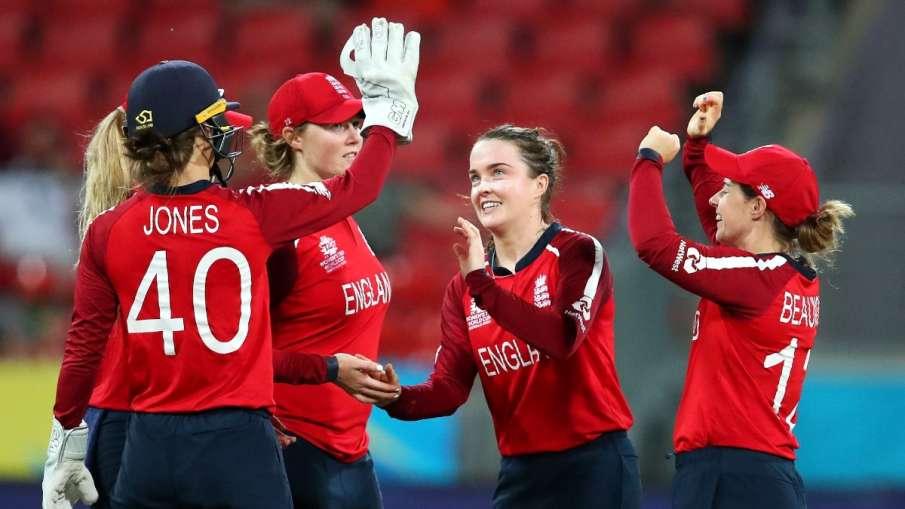सोमबारदेखी ईङल्यान्ड महिला क्रिकेट टोली अभ्यासमा
