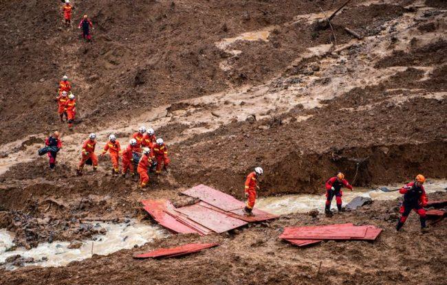 चीनमा आएको भिषण बाढीमा परी ठूलो जनधनको क्षति