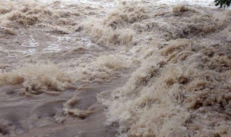 तामाकोशी नदीमा बाढी आउने भन्दै सतर्क रहन अपील