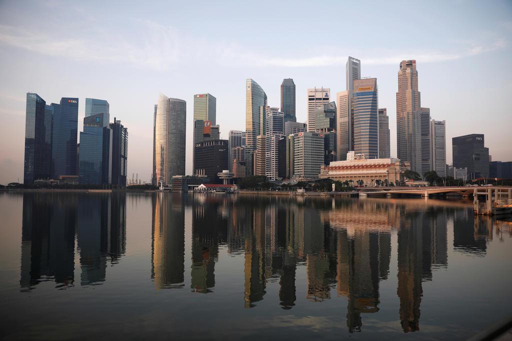 सिंगापुरको अर्थतन्त्र ४१ प्रतिशत खुम्चियो