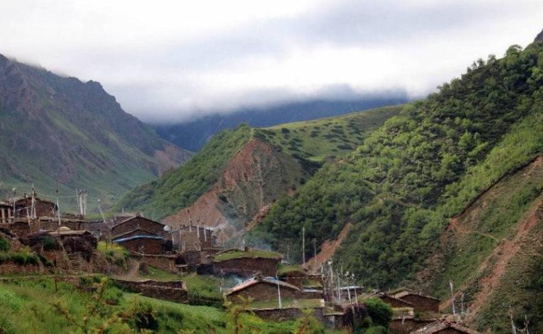 व्यास गाउँपालिकाको आफ्नै भूमिमा आवतजावत गर्न भारतीय अवरोध