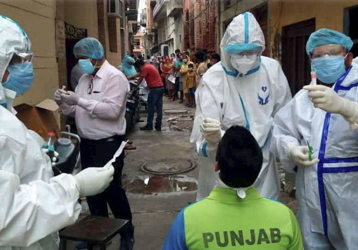 कोरोना महामारीः पछिल्लो २४ घण्टामा भारतमा संक्रमितको अर्को रेकर्ड
