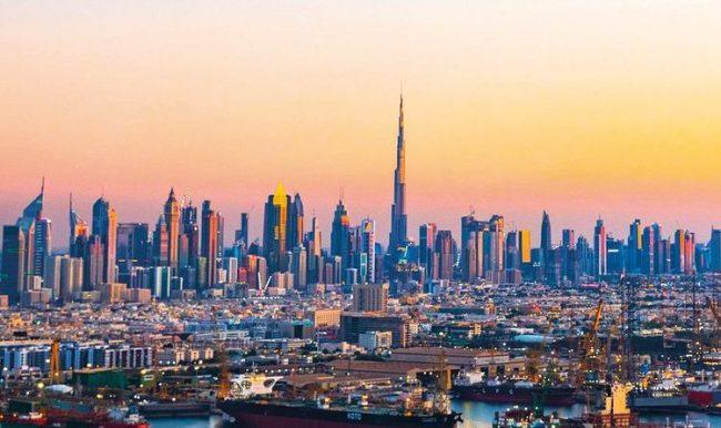 कोरोना भाइरसको महामारीकै बीच पर्यटकका लागि दुबई खुल्यो