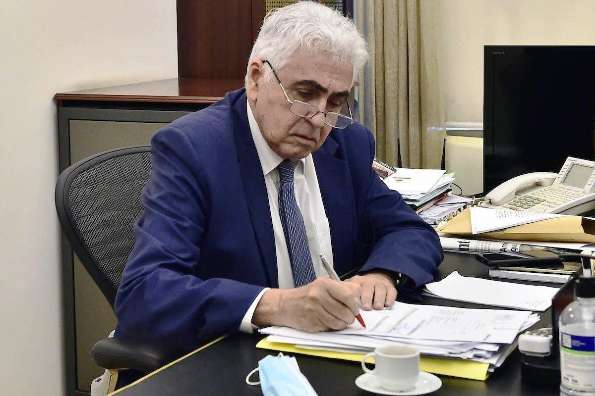 लेबनानका कानुनमन्त्रीद्वारा राजीनामा