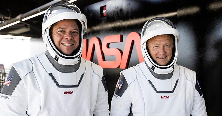 नासाका अन्तरिक्ष यात्रीहरु सकुशल पृथ्वीमा अवतरण